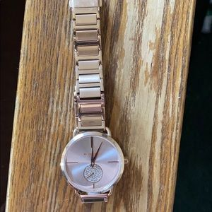 Mk watch Mk-3640 in great condition